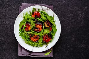 Arugula grilled shrimp salad