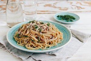 Linguini with tuna