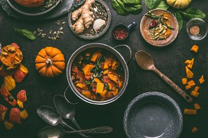 Pumpkin stew with spinach and ginger