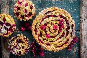Rustic berry apple pie