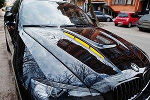 Black BMW X6 M performance