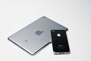 iPad tablet and iPhone 4