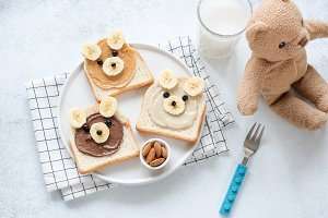 Funny animal face toasts for kids