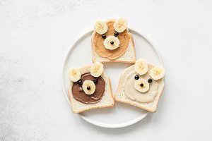 Teddy Bear nut butter toasts