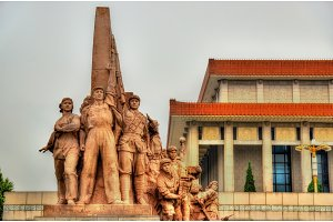 Revolutionary statues at the Mausoleum of Mao Zedong in Beijing