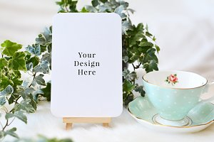 Rounded Card Ivy & Teacup Mockup