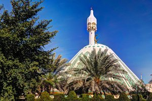 Exterior view to Fatima mosque, Kuwait