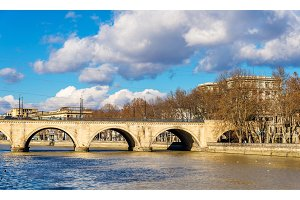 Saarbrucken or Dry bridge in Tbilisi