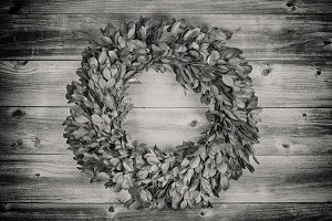 Vintage Natural Leaf Wreath
