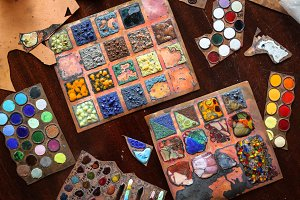 samples of enamels on  table