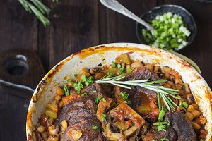 ossobuco with vegetables and beans