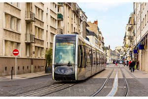 Wireless tram in the city centre of Tours - France