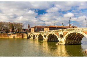Pont Neuf, a bridge in Toulouse - France