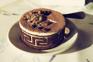 Round chokolate cake