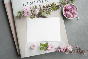 Kinfolk Spring Mockup Postcard