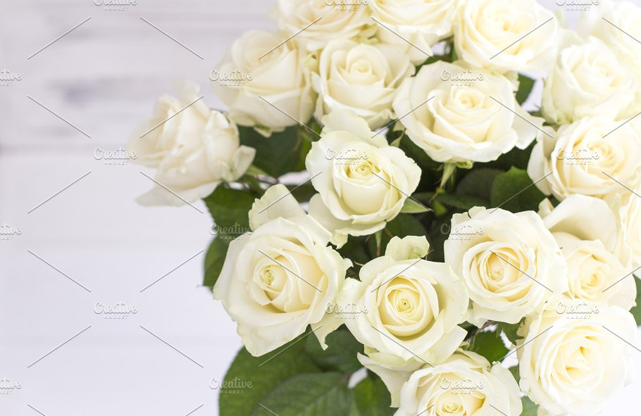 Bouquet Of White Roses In A Vase Photos Creative Market
