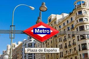 Metro Plaza de Espana.jpg
