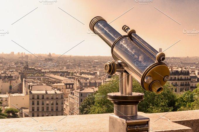 Paris tourist telescope.jpg - Technology