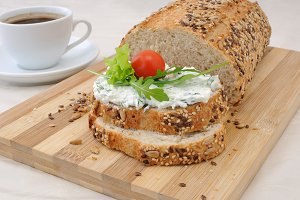 Sandwich with ricotta