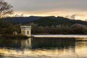 House on the edge of the lake