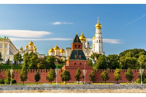 Churches in Moscow Kremlin over the river