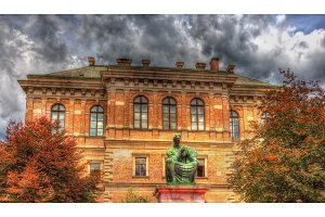 Statue of Josip Juraj Strossmayer in front of Croatian Academy o