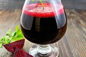 Juice beet in wineglass
