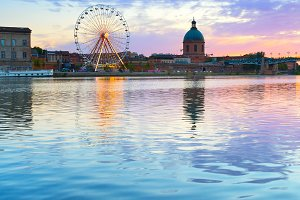 Garone river. Toulouse, France
