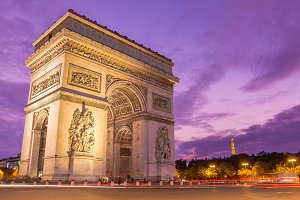 Arc de triomphe at sunset in Paris
