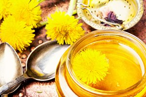 Healthy dandelion honey and tea