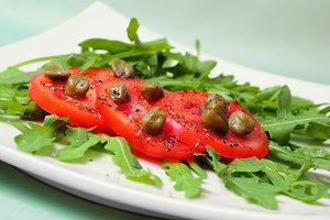 Salad with fresh tomatoes