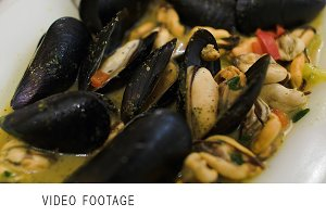 Eating dish with mussels