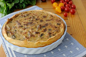 Tart with mushrooms