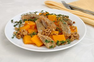 Herring in breadcrumbs with pumpkin