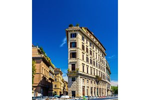 Building on Lungotevere Prati in Rome