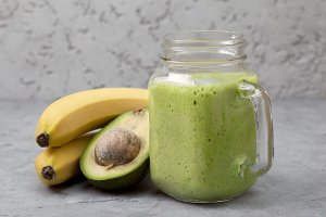 avocado banana smoothies