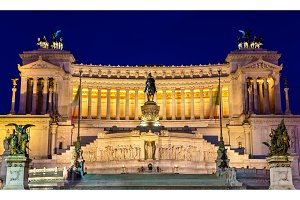 Altare della Patria by night - Rome