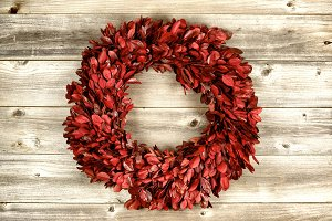 Vintage Holiday Red Wreath