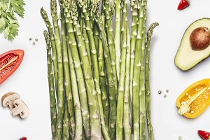 Asparagus bunch with vegetables