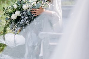 Amazing bride with bouquet