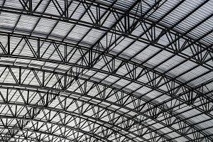 Aluminum roof with black steel struc
