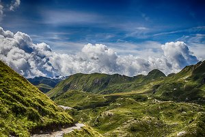 Path in the high mountains