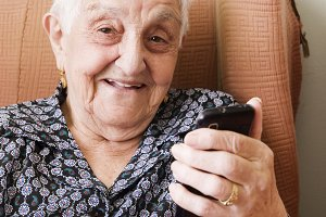 old woman with a smart phone
