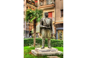 Statue of Cretan Macedonian-Fighter in Thessaloniki - Greece