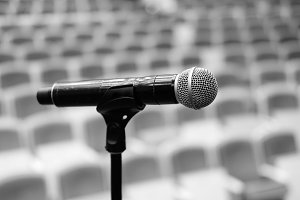 microphone on concert hall
