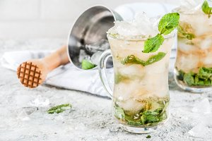 Cold mint julep