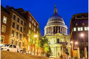 View of St Paul Cathedral in London, England