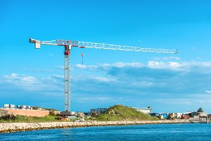 Building crane and building