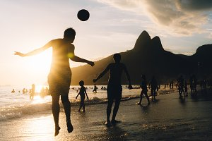 Keepy-Uppy in Ipanema, Rio