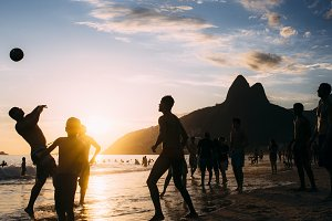 Keepy Uppy on Ipanema Beach, Rio